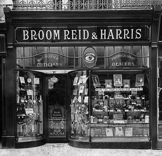 Broom Reid and Harris Shopfront circa 1910, Queen Street Exeter. Photograph Copyright © Isca Collection 01392 677614